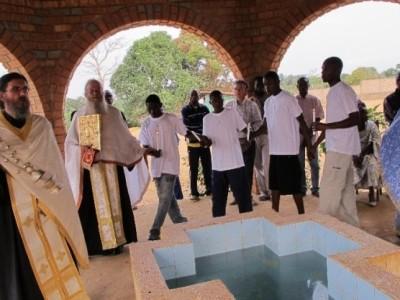 """""""Када се молимо, Бог отвара врата"""" – Митрополит Зимбабвеа Георгије"""