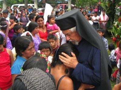 """""""Праведник ће се спомињати увек"""" (Пс. 12:6) – Упокојио се Апостол Гватемале, о. Андрес Жирон"""