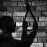 Borba sa novim dokumentima dovodi do samoubistva! (VIDEO)